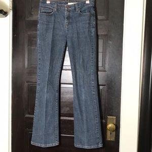 SALE💙 DKNY bootcut Jeans 6